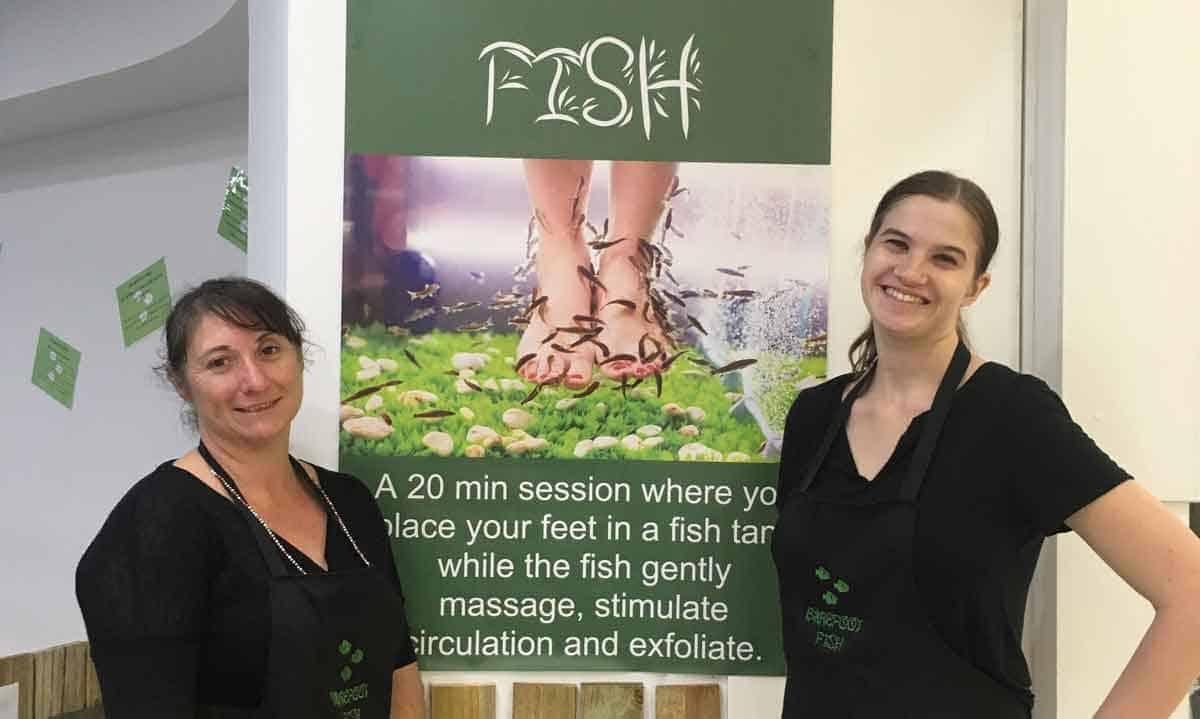 Alyssa with her boss Simone at Barefoot Fish